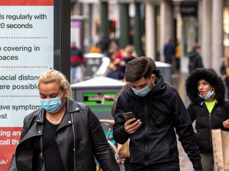 Их Британи улс ирэх сараас коронавирусийн эсрэг вакцинжуулалтаа эхлүүлэхээр төлөвлөж байна